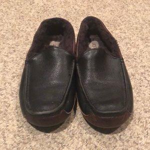 Ugg Australia black leather sheepskin shoes sz 12